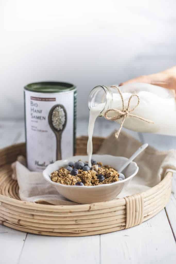 Hanfdrink hanfmilch aus bio hanfsamen geschaelt aus oesterreich aus premium hanf von hanfland